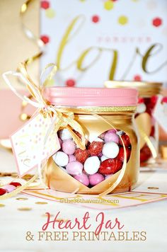 Valentines Day Gift Idea - Super cute heart jars and free printable at the36thavenue.com