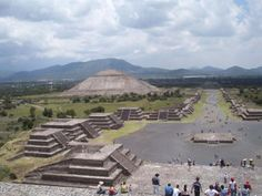 Teotihuacan, Mexico: Pyramids of the Sun and the Moon