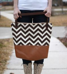 See Kate Sew -  Tutorial: Leather bottom tote