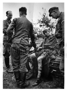 German injured soldier SS-Panzer-Division Wiking photo photograph 4x6 | eBay
