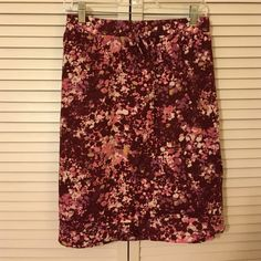 Eddie Bauer flowered pink skirt Eddie Bauer cotton flowered pink skirt. Lined, with pockets, and folded detail near the bottom   Wide elastic waistband with drawstring. XL. Excellent used condition. Eddie Bauer Skirts Pencil
