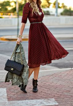 Love the dress but I get enough camouflage in my daily life to pass on wearing when I don't have to.