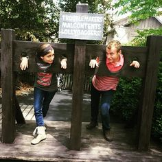 Duggar Family Blog: Updates and Pictures Jim Bob and Michelle Duggar 19 Kids and Counting TLC: Silver Dollar City