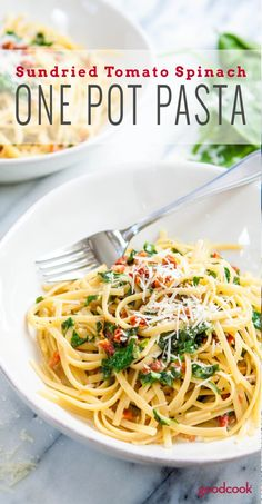 One Pot Sundried Tomato and Spinach Pasta. A quick, simple dish for Meatless Mondays...or any night you want a savory dish so good, it'll make you smile. Kid-friendly, vegetarian, easy dinner idea.