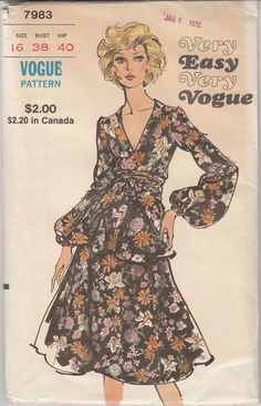 Two Piece Dress V Neck Very Easy Vintage Vogue Sewing Pattern 7983 Uncut Sz 16 #Vogue #vintage2piecedress