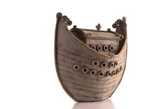 pottery ark - oh, I love this. Going to try and make one. Boats, canoes….arks….fascinate me.