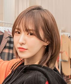 she is perfection Red Hair Kpop, Hair Inspo, Hair Inspiration, Medium Hair Styles, Curly Hair Styles, Korean Short Hair, Japanese Short Hair, Shot Hair Styles, Wendy Red Velvet