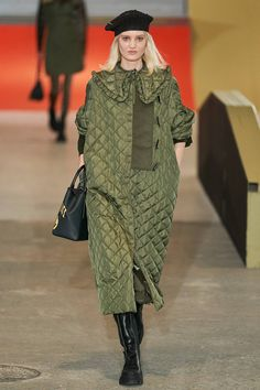 Photos of Ganni Fall Winter 2020 fashion show at Copenhagen Fashion Week (January Fashion 2020, Runway Fashion, Fashion Outfits, Fashion Trends, Vogue Paris, Inspiration Mode, Black Women Fashion, Womens Fashion, Fashion Show Collection