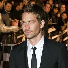 Photo of P. ♥ for fans of Paul Walker 21734030 Paul Walker Images, Paul Walker Fotos, Rip Paul Walker, Beautiful Blue Eyes, Beautiful Boys, Justin Hartley, Interview, Child Actors, Fast And Furious
