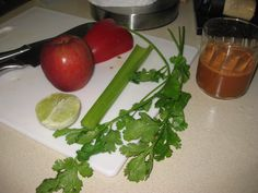 1/4 Red bell pepper  1 Small apple  1/2 Lime, peeled  1 Celery stalk  1 Bunch cilantro    It makes more than this, but I drank some.. :)