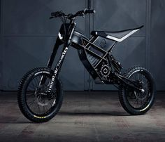 The awesome Freerider by Kuberg is a powerful, rechargeable electric dirt bike for teens and adults. The cool ride exists somewhere between the space occupied by a bmx bike and a dirt bike, using a motor to deliver of power, giving Electric Dirt Bike, Best Electric Bikes, Electric Mountain Bike, Electric Vehicle, Motorcycle Design, Motorcycle Bike, Eletric Bike, E Mountain Bike, Bike Motor