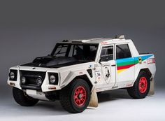 lamborghini's LM002 was completely overhauled for the race: everything was made lighter using components derived from competition cars.