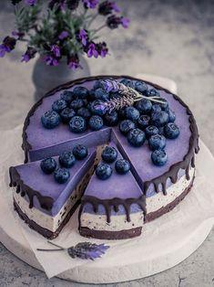 Vegan White Chocolate, White Chocolate Cheesecake, Chocolate Cake, Gluten Free Cheesecake, Cheesecake Recipes, Award Winning Cheesecake Recipe, Raw Vegan Cheesecake, Raw Desserts, Dessert Recipes