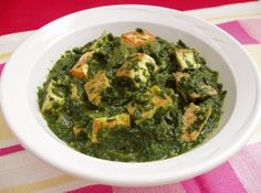 Paalak (Saag) (Spinach) Paneer (Indian Cheese)