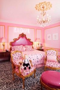 betsey johnson suite at the plaza hotel.. soo cute! i would stay  here