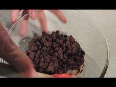 ▶ Cómo hacer Chocolate Moldeable paso a paso | Trucos para Fondant por Azúcar con Amor - YouTube