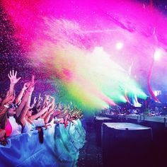 Went to Life In Color yesterday. IT WAS AWESOME. 09/28/2013 #LIC #EDM