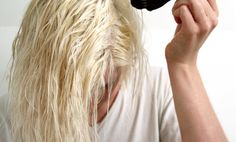 A helpful DIY guide to getting that platinum blonde hair colour you've always wanted! Dying Hair Blonde, Platinum Blonde Hair Color, White Blonde Hair, Bleach Blonde Hair, Blonde Curly Hair, Ombre Hair, Brown Hair, Blonde Balayage, Blonde Highlights