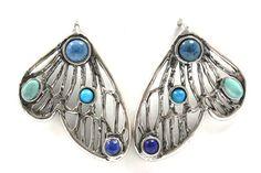 Aretes alas de mariposa grande con bisel. Diseñado por Joyería Citlali