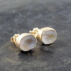 Sparkly White Geode Druzy Studs in 14K Solid Yellow Gold...ooak  OH MY GAWWWWWDDDDD!!!!