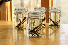 Домашние ванильные ликеры. Самый простой рецепт на водке + 2 рецепта приготовление настоящего ликера Гальяно своими руками
