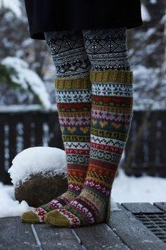 Knitting Patterns Socks This year I also participated in Christmas Calendar. The Christmas calendar was Niina Laitinen& Facebo . Crochet Socks, Knitting Socks, Hand Knitting, Knitting Patterns, Knit Crochet, Mode Boho, Fair Isle Pattern, Wool Socks, Fair Isle Knitting