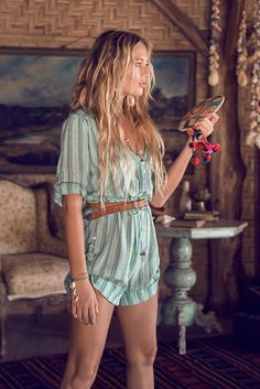 50 Boho Fashion Styles for Spring/Summer 2019 - Bohemian Chic Outfit Ideas, SPRİNG OUTFİTS, ❂ Island Boho ❂ « Spell & the Gypsy Collective. Looks Hippie, Look Hippie Chic, Gypsy Style, Bohemian Style, My Style, Bohemian Fashion, Boho Gypsy, Boho Looks, Modern Hippie Style