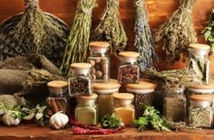 Special tools for emergency food storage. Your new second job: emergency food storage and explanations from professionals. Herbal Remedies, Home Remedies, Natural Remedies, No Salt Recipes, Real Food Recipes, Seasoning Salt Recipe, Artemisia Absinthium, Herbal Shop, Medicinal Plants