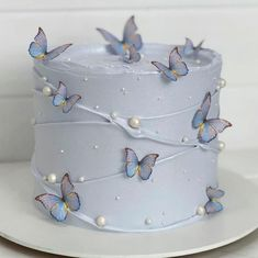 Butterfly Birthday Cakes, Beautiful Birthday Cakes, Butterfly Cakes, My Birthday Cake, Birthday Cake Decorating, Beautiful Cakes, Amazing Cakes, Cakes With Butterflies, Simple Birthday Cakes