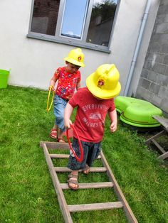 Obstacle training and game ideas for party. Fireman Party, Firefighter Birthday, Fireman Sam, Paw Patrol Party, Paw Patrol Birthday, 6th Birthday Parties, Boy Birthday, Cumple Paw Patrol, Nuno