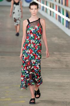 Boss Spring 2017 Ready-to-Wear Fashion Show - Meghan Collison