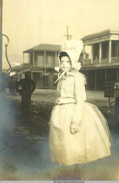 from the telling-grandon scrapbook (photos of carnival in new orleans, 1903), via the louisiana digital library