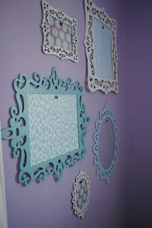another great idea for displaying the kid's ever changing  always multiplying art work!