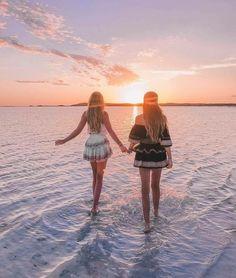 Best Friends Goals #sunset #summervacationdrawing