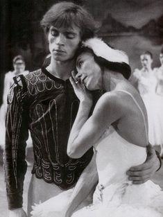 Margot Fonteyn and Rudolf Nureyev in 1963.