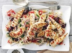 New Low FODMAP Recipes - Griddled chicken with quinoa Greek salad Fodmap Recipes, Diet Recipes, Cooking Recipes, Healthy Recipes, Easy Recipes, Protein Recipes, Easy Cooking, Bbc Good Food Recipes, Yummy Food