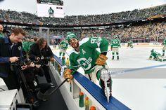 Stars Hockey, Ice Hockey, Cotton Bowl, Tyler Seguin, New York Rangers, Hockey Players, Nhl, Dallas, Captain Hat