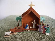 Miniature Nativity Box by dreamwvr81 on Etsy, $15.00