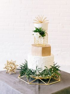 geo cake displays and stands in gold, geometric cake display ideas, modern minimal industrial wedding design ideas Wedding Cake Designs, Wedding Themes, Wedding Decorations, Wedding Ideas, Wedding Details, Moss Wedding Decor, Wedding Centerpieces, Wedding Photos, Chic Wedding