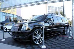 "Best custom Escalade | 28"" LSS-55 Wheels for 2011 LEXANI E4 CUSTOM CADILLAC ESCALADE ESV/very nice!"