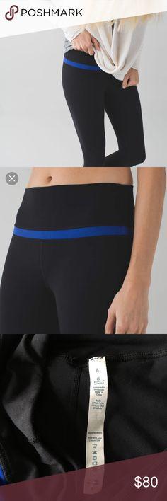 🍋Original Aligns Black w Sapphire Blue Stripe 8 Preloved Lululemon original full length Align leggings black with sapphire blue stripe. Size 8. Pull tag still attached. No pilling. Unfortunately too small for me. lululemon athletica Pants