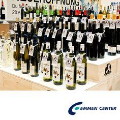 Freunde, heute trinken wir!  @manor_official  schenkt uns bis zum 3. Mai 2016 ein. Und zwar ausgewählte Qualitätsweine – ausgesucht von zwölf Experten. Sie haben für uns degustiert und die beste Sélection für uns zusammengestellt. Mehr unter http://www.emmencenter.ch/events/spring-wine-fair-von-manor-food