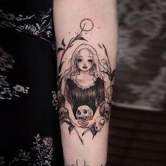 Scar and tattoo cover up work🖤 Pretty Tattoos, Cute Tattoos, Beautiful Tattoos, Tatoos, Stomach Tattoos, Body Art Tattoos, Sleeve Tattoos, Tribal Tattoos, Gothic Tattoo