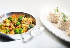 Κοτόπουλο με κάρυ και λαχανικά-featured_image Food Categories, Greek Recipes, Allrecipes, Curry, Food And Drink, Cooking Recipes, Favorite Recipes, Beef, Chicken