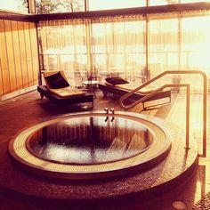 A beautiful morning 🌅 #breakfastparty #långvik #jacuzzi #riseandshine #goodmorning #wellness #spa #langvikhotel http://www.langvik.fi/
