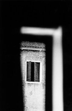 black and white - yama-bato: Renato D'Agostin The Beautiful Cliché Passion Photography, Dark Photography, Monochrome Photography, Black And White Photography, Street Photography, Contemporary Photography, Famous Photographers, Black White Photos, Shades Of Black