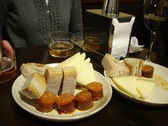 Tapas: queso y chorizo
