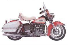 A Brief Illustrated History of the Harley-Davidson Road King FLHR Harley Davidson Vintage, Motos Harley Davidson, Harley Davidson Engines, Classic Harley Davidson, Hd Motorcycles, Vintage Motorcycles, Bike Photography, Custom Harleys, Old Bikes