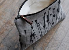 pouch - bookhou at home//