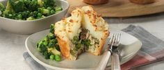 Smoked Fish Potato Topped Pies recipe from Food in a Minute Pie Recipes, Real Food Recipes, Food In A Minute, Potato Puffs, Food Plus, Fish Pie, Smoked Fish, Flaky Pastry, Super Greens